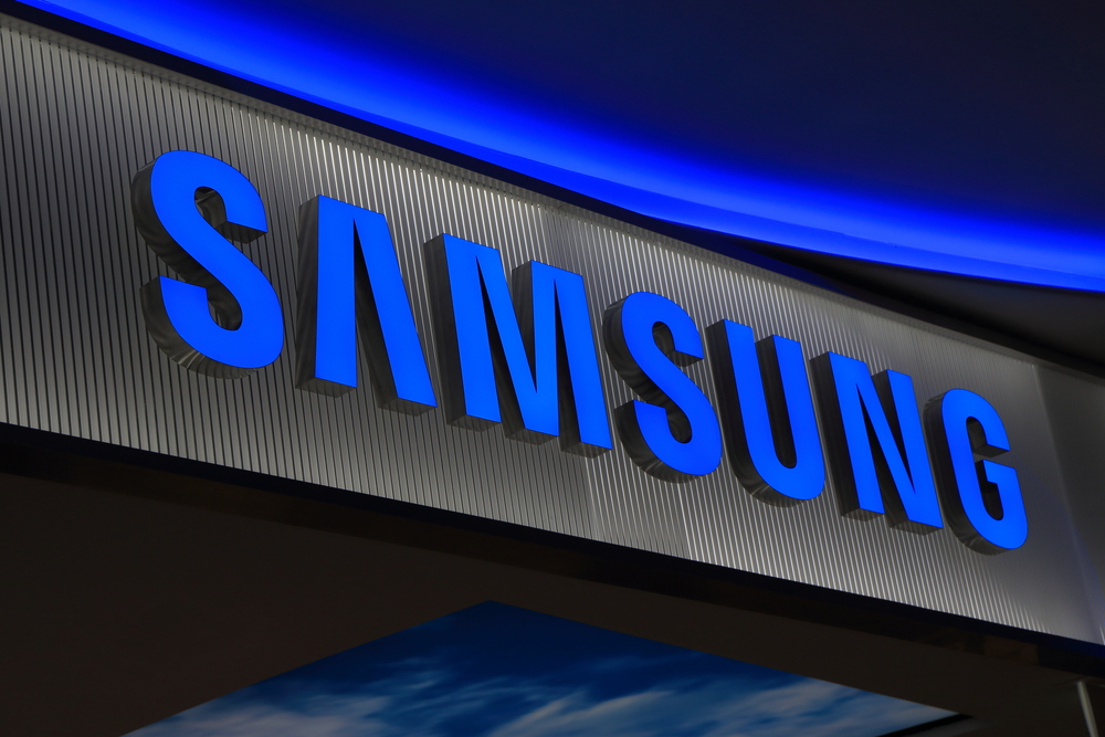 Samsung Shakes Hand with Blockchain to Cut Shipping Cost